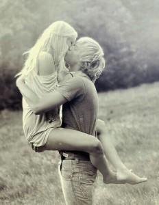первый поцелуй 3