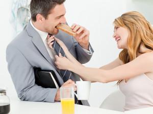 Как заставить мужчину думать о тебе 4